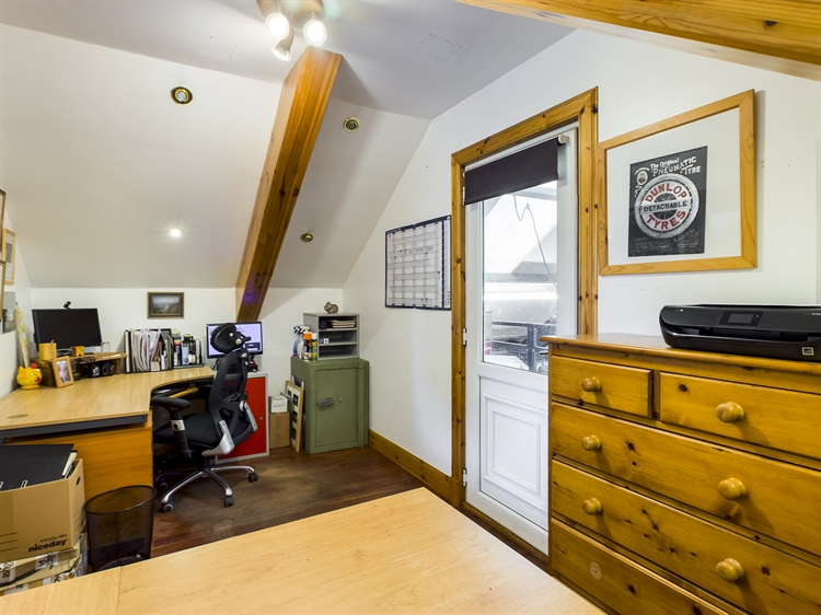 workshop offices suitable for - 5