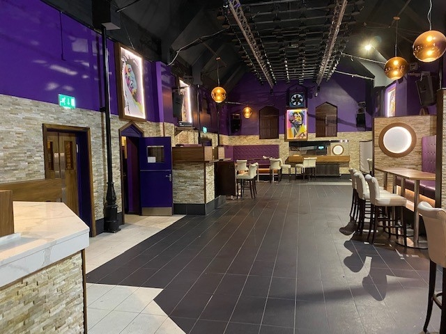 leasehold bar music venue - 7