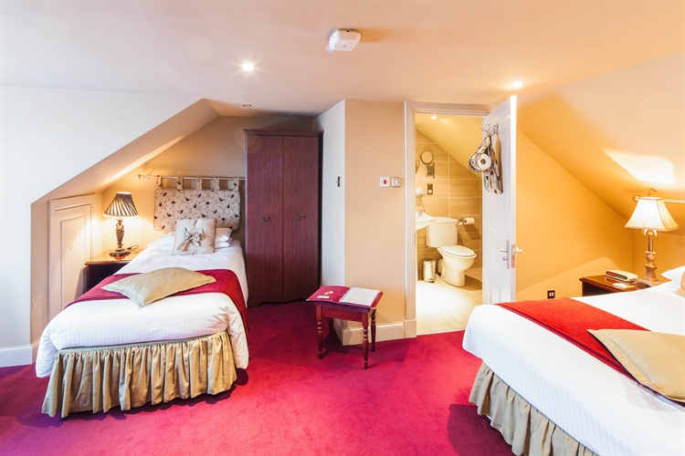 well-presented 6-bedroom guesthouse auchterarder - 9