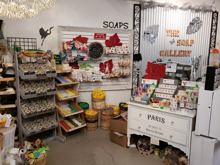 busy gift store on - 12