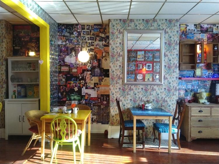 long established restaurant bar - 4