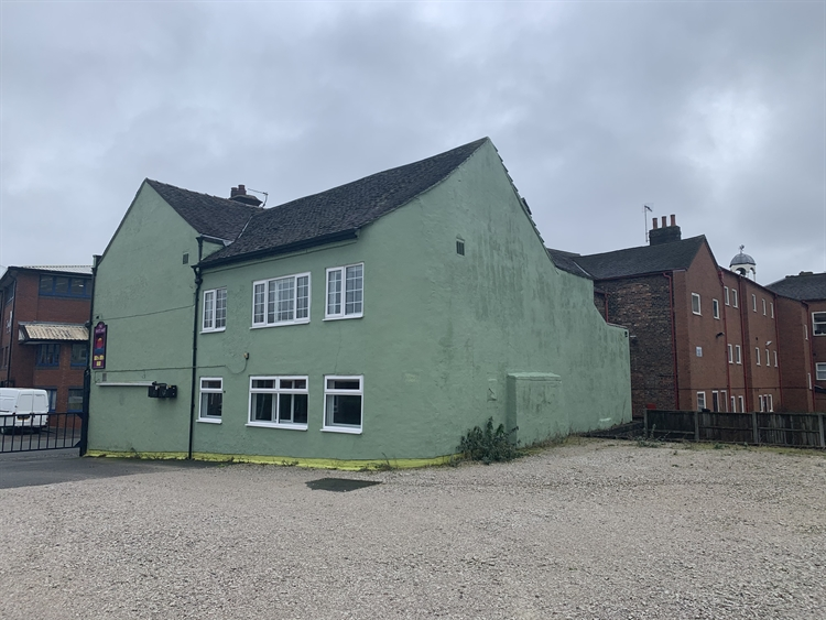 freehold potteries public house - 6