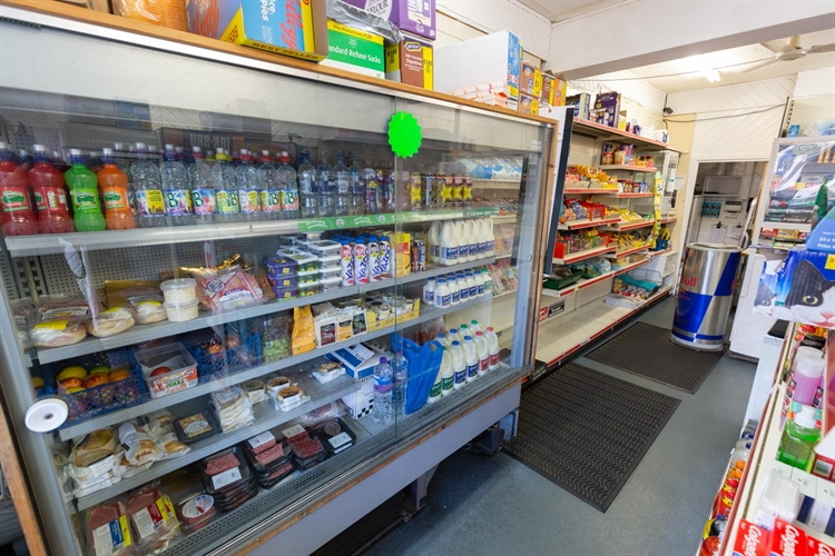 busy leasehold newsagents convenience - 4