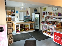 traditional newsagents convenience store - 3