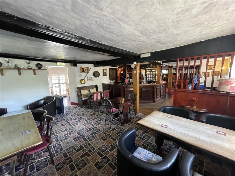 historic dorset freehouse with - 15