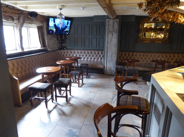 freehold public house greater - 5