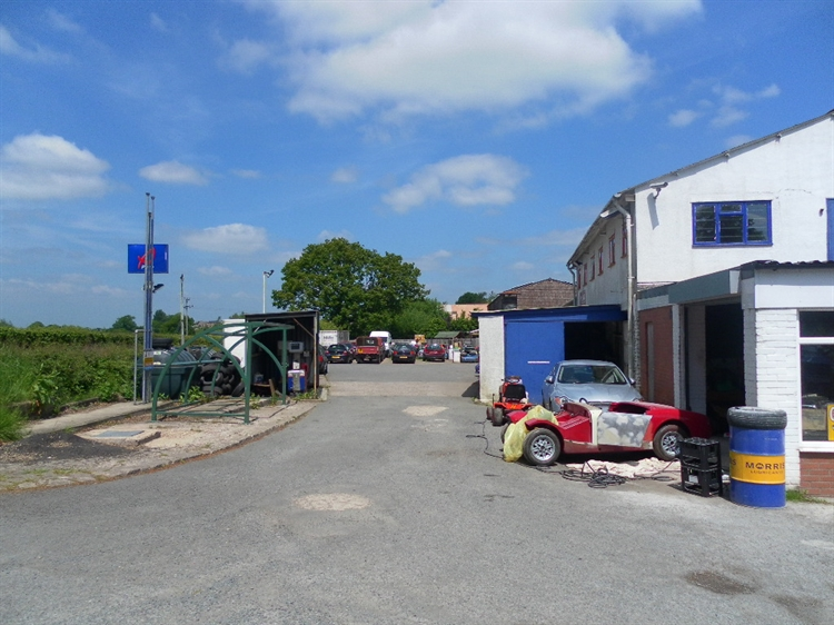 freehold petrol mot station - 7