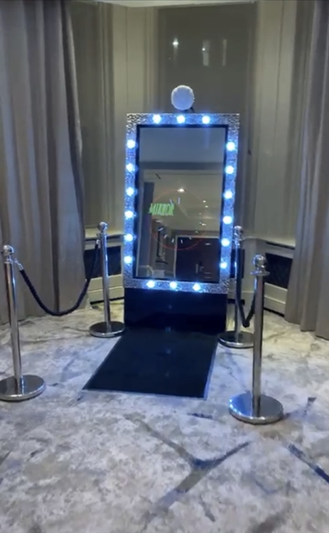 successful photo booth hire - 7