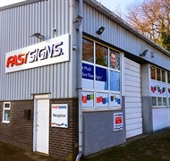 successful fastsigns franchise south - 1