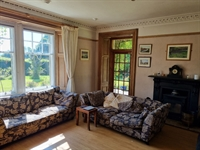 outstanding residential self-catering guest - 2