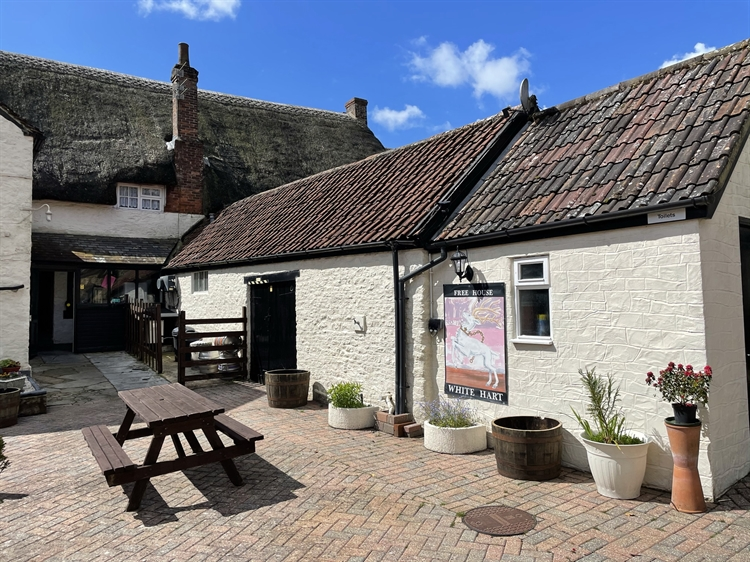 historic dorset freehouse with - 6