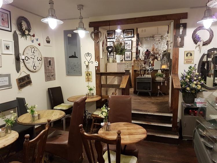 gift shop coffee shop - 4