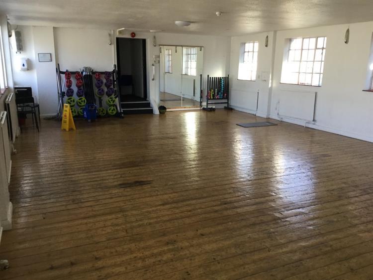 established gym buckinghamshire - 10