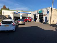 garage mot station aughton - 1