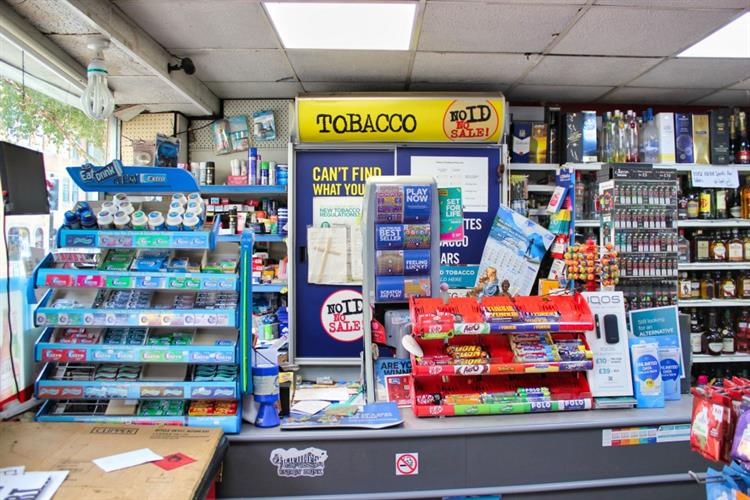 freehold convenience store off-licence - 11