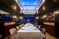 exclusive mayfair restaurant london - 1
