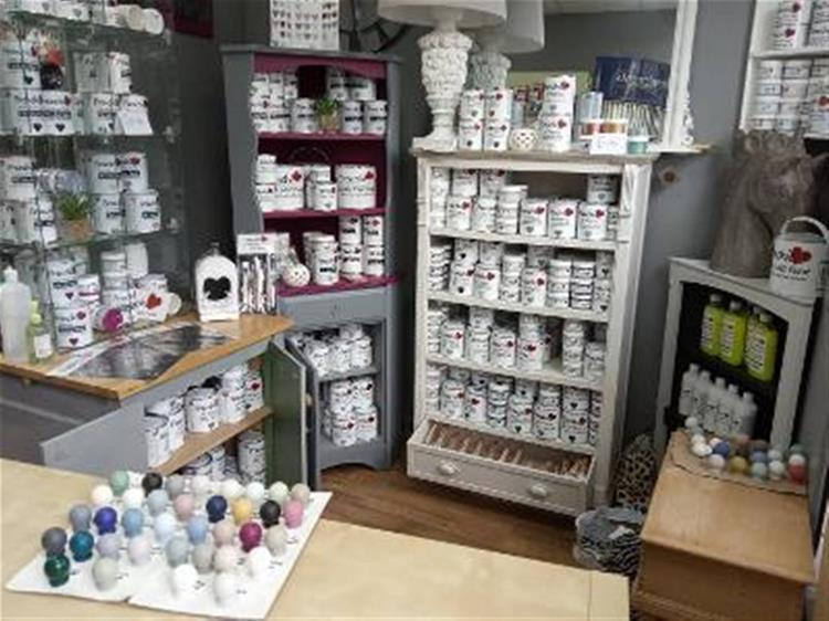 paint decorating supplies shop - 11