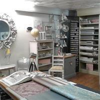 paint decorating supplies shop - 1