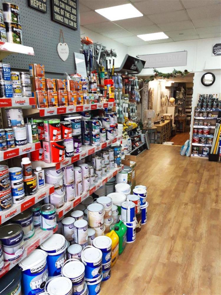 paint decorating supplies shop - 8