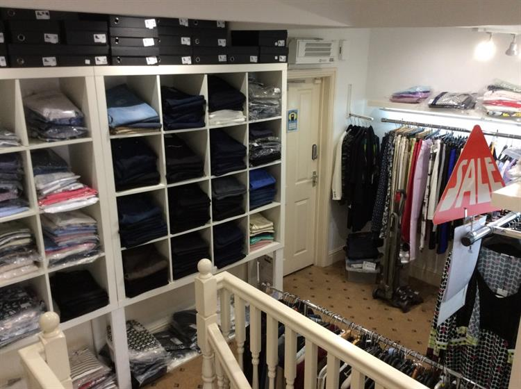 beautifully presented ladies boutique - 12