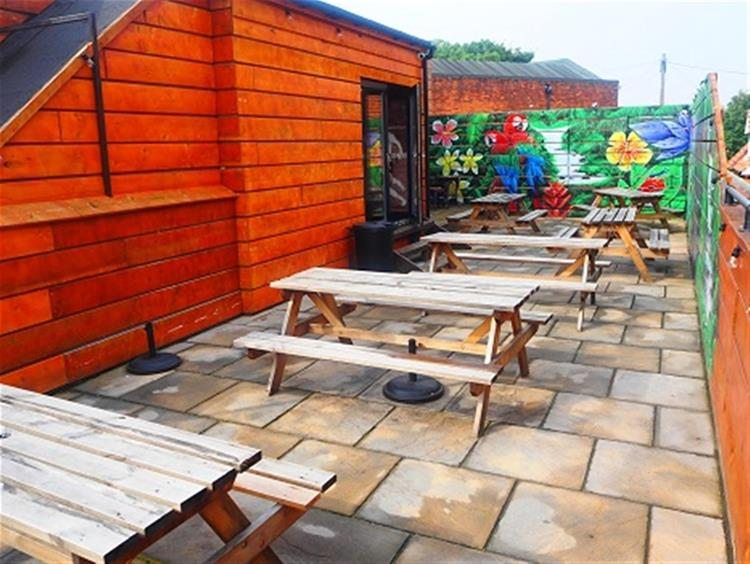 freehold bar with roof - 6