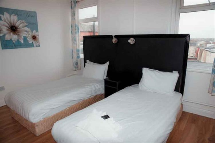 freehold hotel blackpool - 4