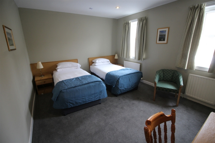 profitable thirty four bedroom - 12