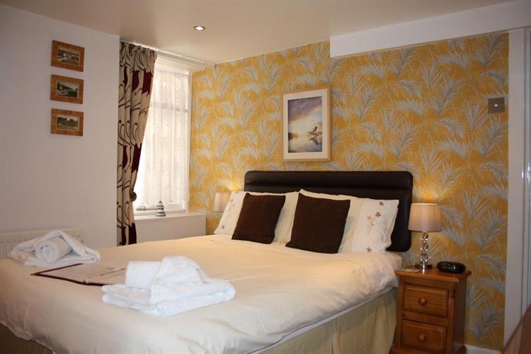 profitable ten rooms off - 5