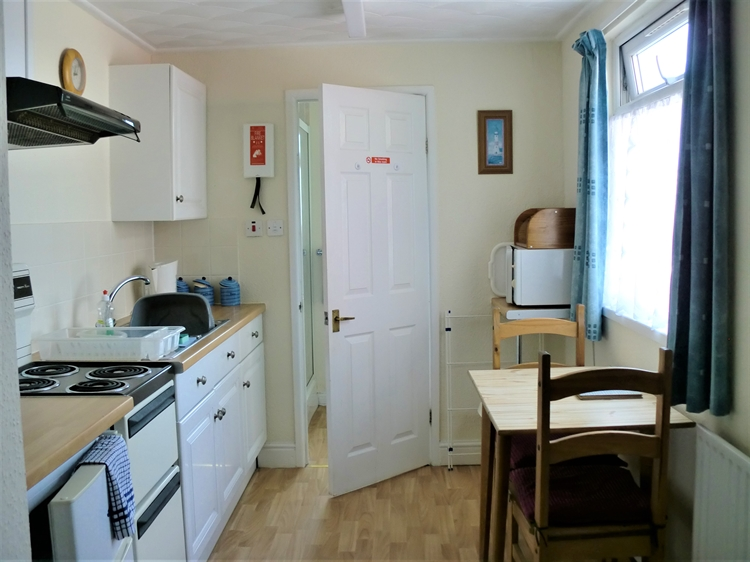 self catering holiday flats - 10