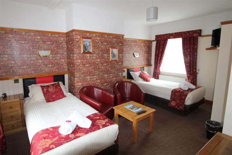outstanding inn the popular - 9