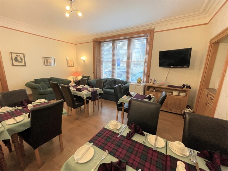 substantial guesthouse prime st - 7