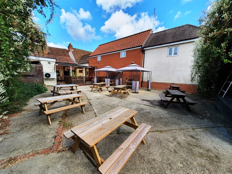 freeoftiepublic house with five-bed - 4