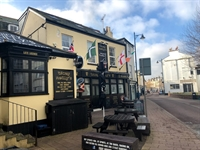 successful town centre freehouse - 1
