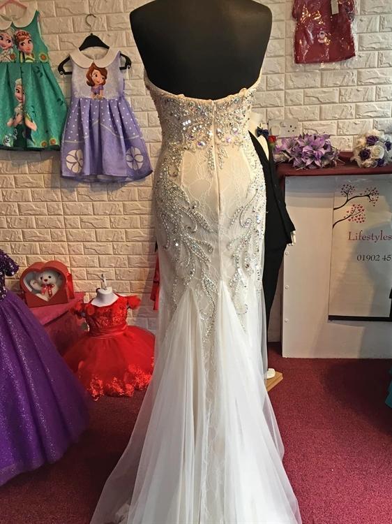 bridal wear boutique retail - 6