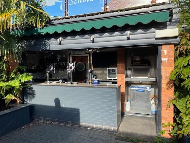 leasehold bar music venue - 4