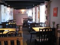 pub restaurant st issey - 3