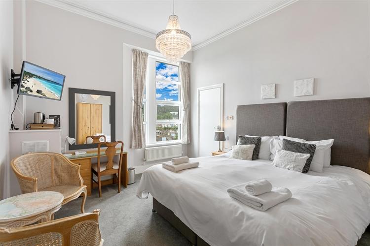 grand bed breakfast torquay - 6
