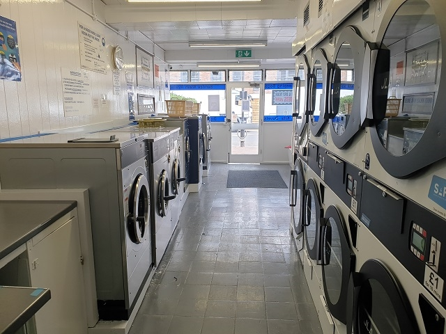 coin operated launderette leigh - 2