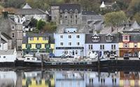 outstanding harbour facing hotel - 1