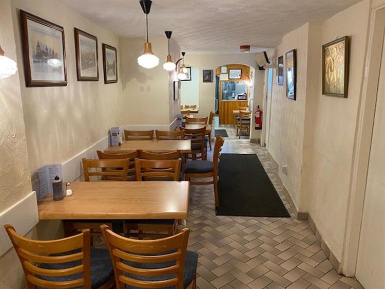 fish chip restaurant takeaway - 9