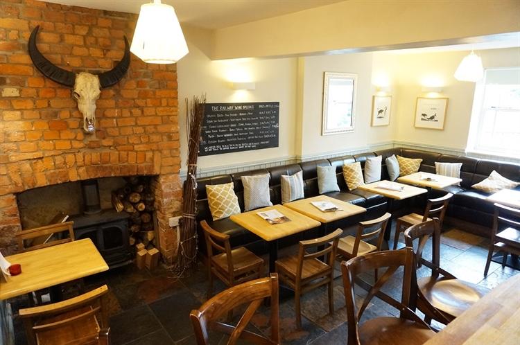 pub restaurant with letting - 7
