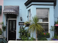 guest house located plymouth - 1