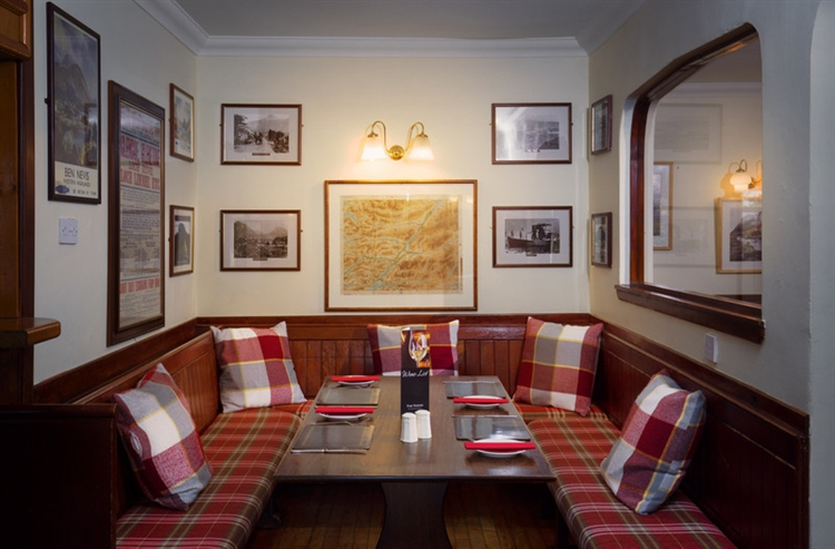 holiday lodge business pub - 11