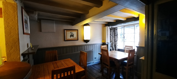 herefordshire famous town pub - 4
