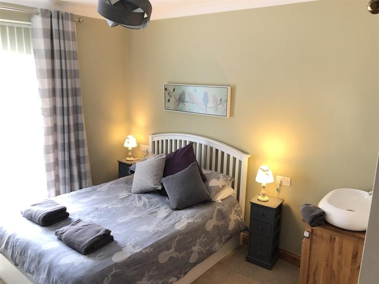five bedroom guesthouse pembrokeshire - 4