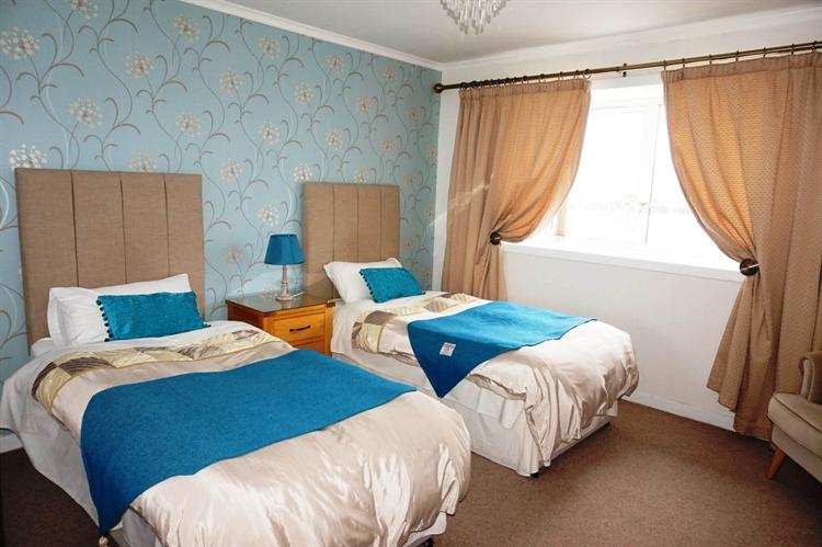 six bedroom bed breakfast - 5