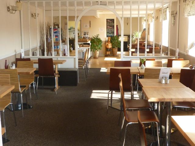 popular licensed cafe takeaway - 4