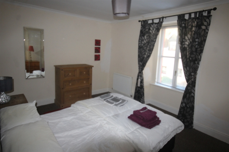 four bedroom holiday let - 11