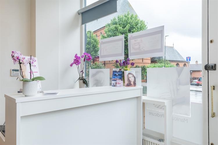 beauty salon london sw11 - 6