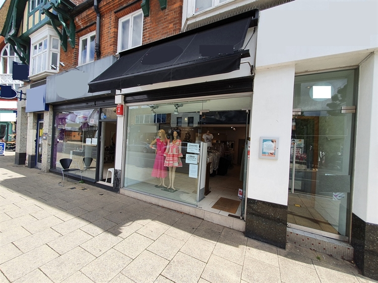 high street clothing boutique - 6